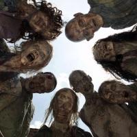 The Walking Dead : Les secrets beauté des rôdeurs et premier trailer du spin off dévoilé