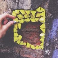 """Relooking de rues avec les """"Urban Geodes"""" de Paige Smith"""