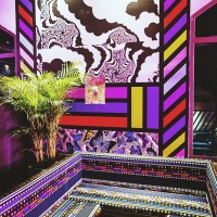 "Les liftings de façades ""tribal pop"" de Camille Walala"