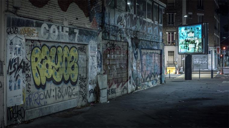 Il photographie l'obscurité des rues vides de Paris