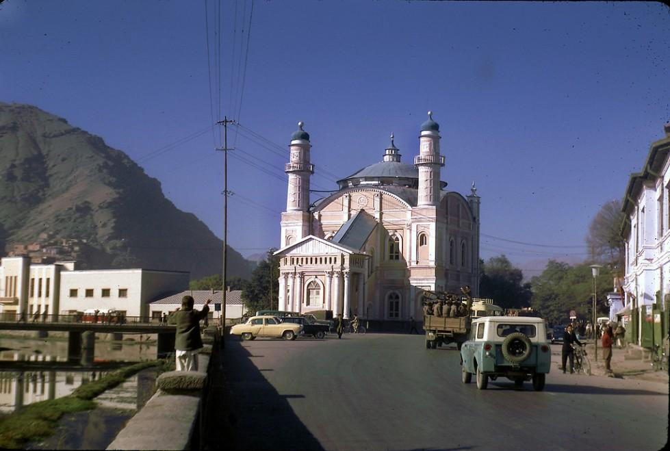 """""""Masjid Shah-e-do Shamsheera in Kabul. """""""