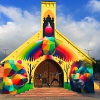 En images : Un street artist réanime une église marocaine à l'abandon