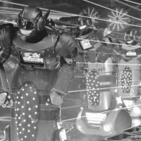 """À Tokyo, le """"Robot Bar"""" propulse dans une dimension aussi électrisante que WTF"""